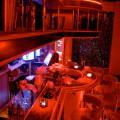 Deluxe Bar - Tabledance und Strip-Bar in der man auch Sex haben kann in Friedrichshain