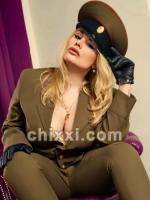 BizarrladySharon, 31 Jahre alt mit blonden Haaren - Kategorie: private Bondage-Fetisch-Lady aus Berlin