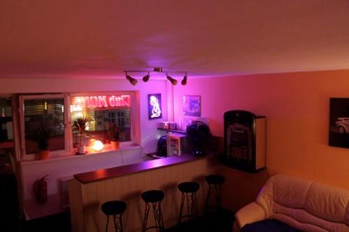Bordell/Laufhaus - Mona Club aus Berlin | Chixxi.com
